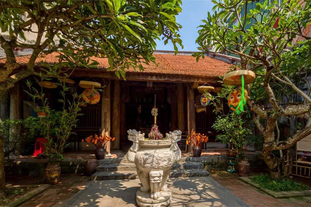 Hanoi Kim Ngan Temple