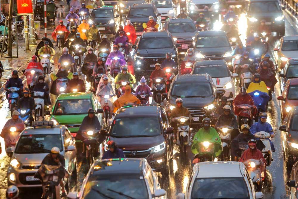 Hanoian with Traffic