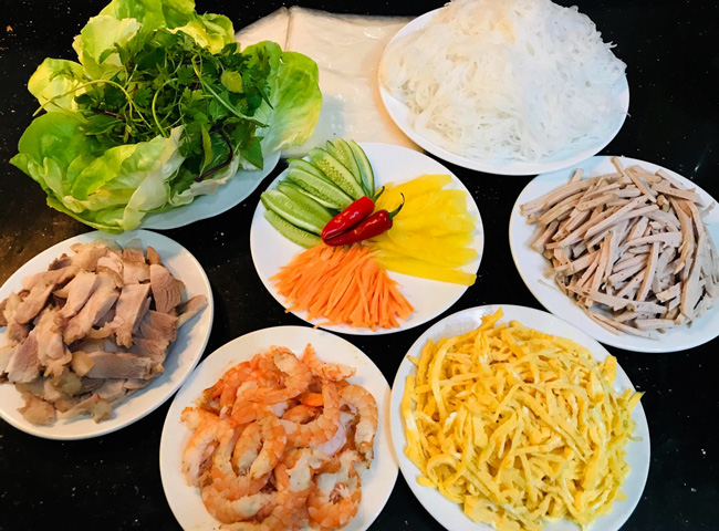 How to Make Vietnamese Summer Rolls