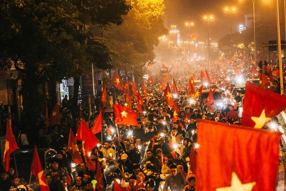 Hanoi Evening with National Flag